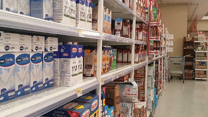 Fedeleche pide a ministro de Agricultura perfeccionar Ley de Etiquetado: Queremos que aparezca el país de ordeña