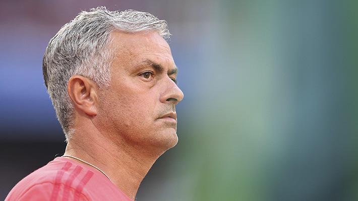Mourinho protagoniza tensa y polémica conferencia en Inglaterra