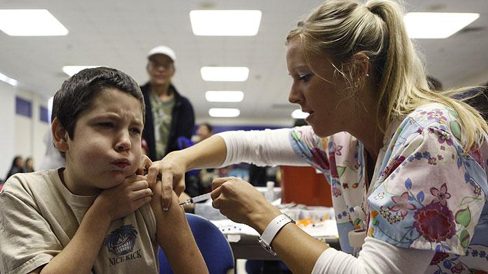 Minsal administraría vacuna contra el VPH también a los niños a partir de 2019