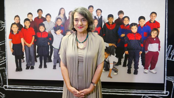 Sol Serrano, primera mujer en adjudicarse el Premio Nacional de Historia