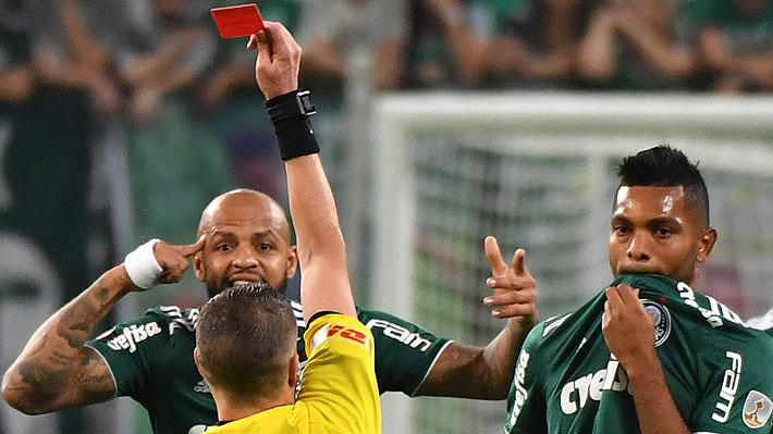 La brutal y descalificadora patada por la que un jugador de Palmeiras fue expulsado en la Libertadores