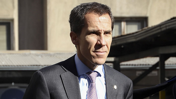 Alcalde de Santiago valora que Centro de Alumnos del Instituto Nacional condenara violencia en establecimiento
