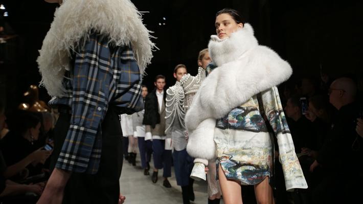 London Fashion Week anuncia que dejará de usar pieles de animales en sus desfiles
