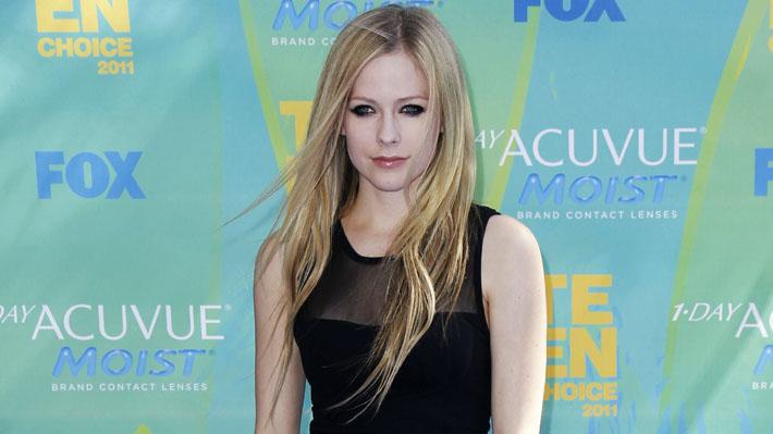 """Avril Lavigne se sincera sobre su enfermedad: """"Acepté la muerte"""""""