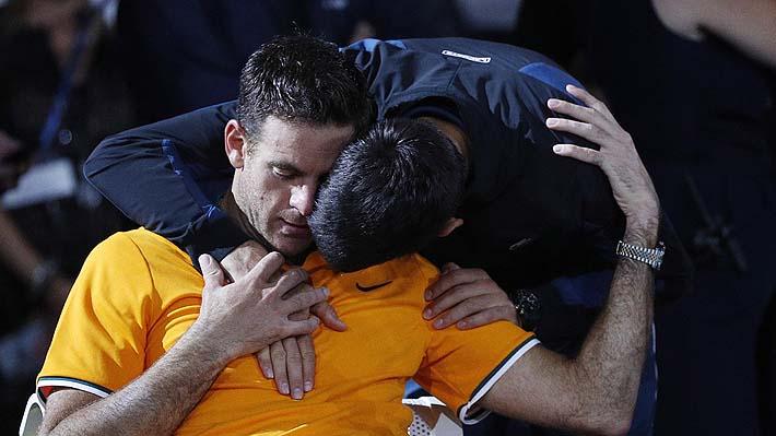 La emotiva acción de Djokovic con Del Potro para intentar calmar el llanto del argentino tras la final del US Open