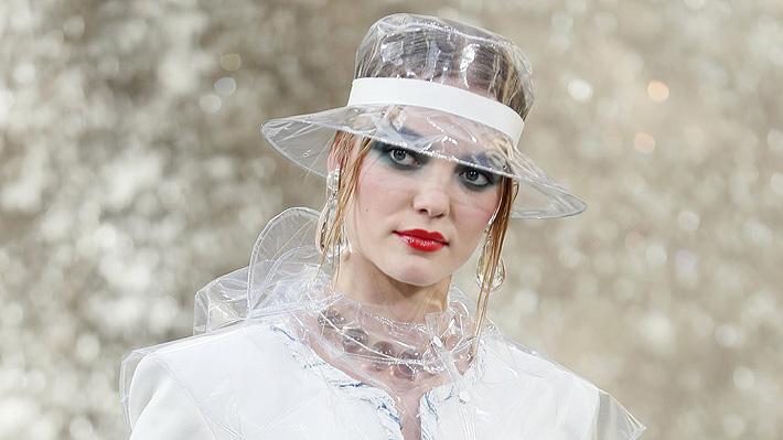 Piden reducir el uso de plástico en la moda en plena Fashion Week de Nueva York