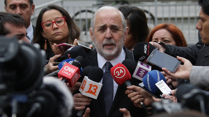 Plan Ascar: Abbott no descarta remover al fiscal Marcos Emilfork del caso que salpica a ex ministra Blanco