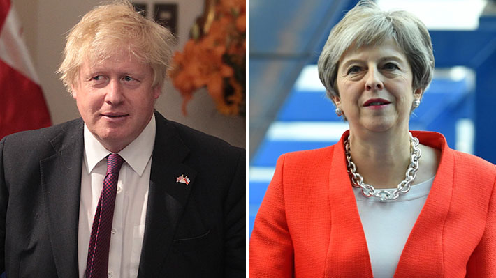 """Boris Johnson califica como """"alocados"""" y """"ridículos"""" los planes de Theresa May para el Brexit"""