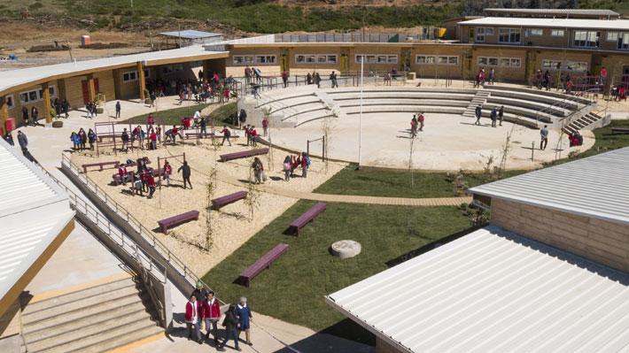 A 20 meses de los incendios forestales: El impactante diseño del nuevo colegio de Santa Olga