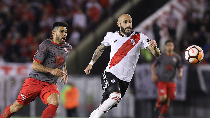 La polémica que se instaló en la Libertadores por claro penal de River que ni el VAR cobró