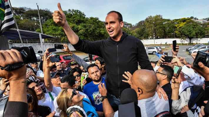 Hijo de Bolsonaro se convierte en diputado más votado de la historia de Brasil