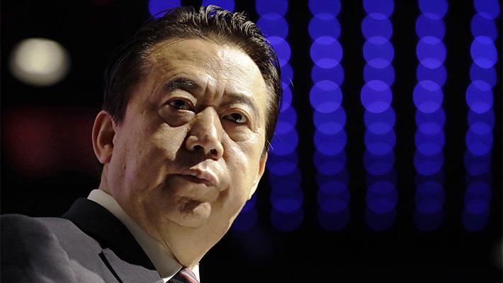 Encarcelado secretamente por soborno: El turbulento viaje del ex presidente de Interpol a China
