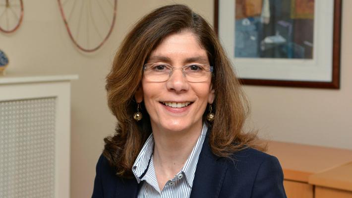 """Nueva economista jefe del Banco Mundial: """"Debemos proteger a las personas, no los empleos"""""""
