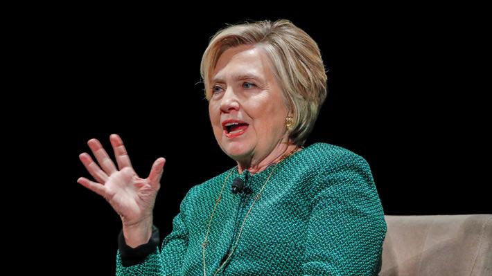 Hillary Clinton niega abuso de poder de su marido en el caso Lewinsky
