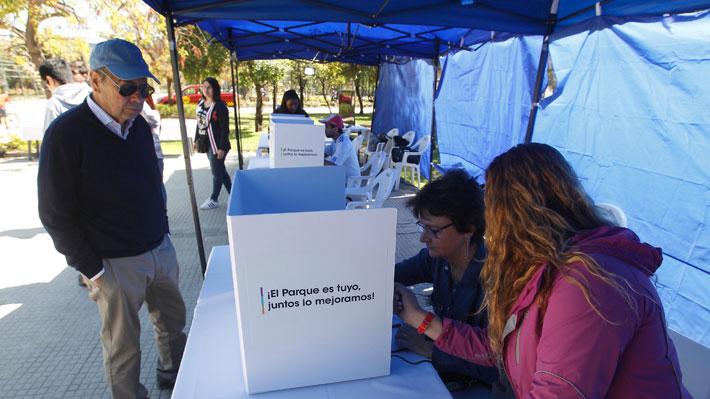 """Opositores a la laguna en el Parque Padre Hurtado celebran: """"Le ganamos a toda la máquina comunicacional de Lavín"""""""