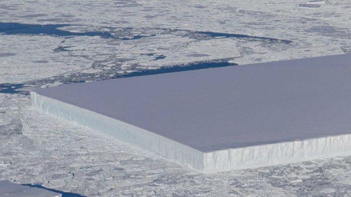 El increíble iceberg rectangular que encontró la NASA en la Antártica