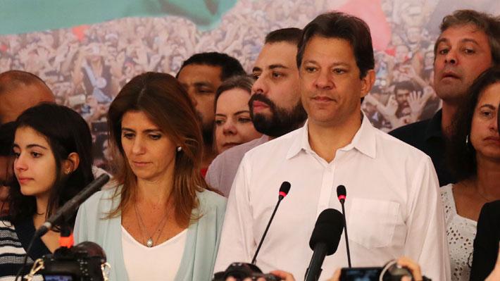 """Haddad pide defender las instituciones y """"las libertades de los 45 millones de brasileños que votaron por nosotros"""""""