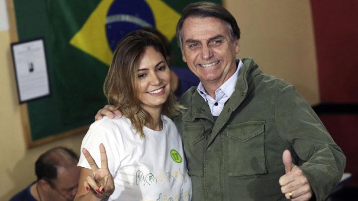 Michelle Bolsonaro, la reservada y religiosa mujer que será la próxima Primera Dama de Brasil