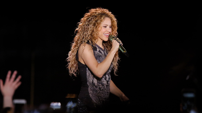 Solo grandes canciones: Shakira regresó a Chile paseándose entre el ayer y hoy de su carrera musical