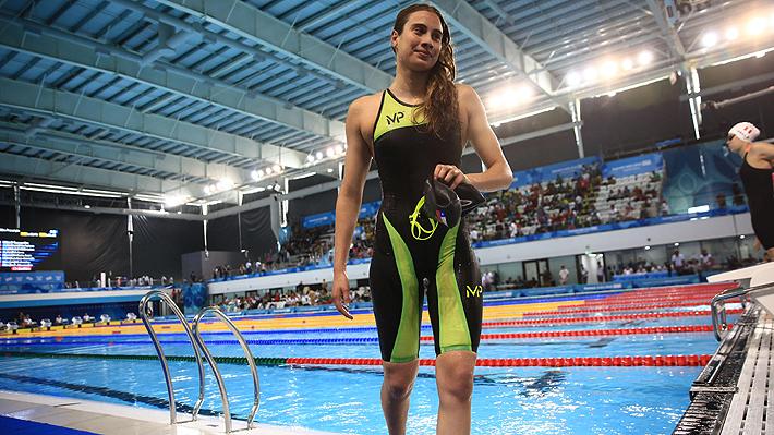 Inés Marín, la nadadora récord de 17 años que cree deberá dejar Chile tal como lo hizo Kristel Köbrich