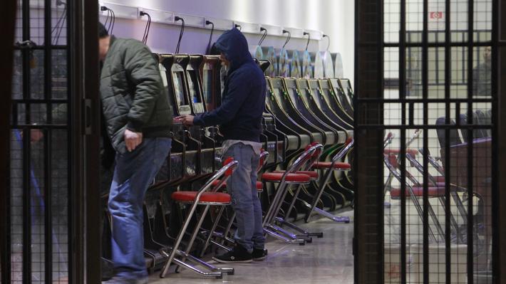 Tragamonedas: Suprema respalda dictamen de Contraloría y condiciona a alcaldes en la entrega de permisos