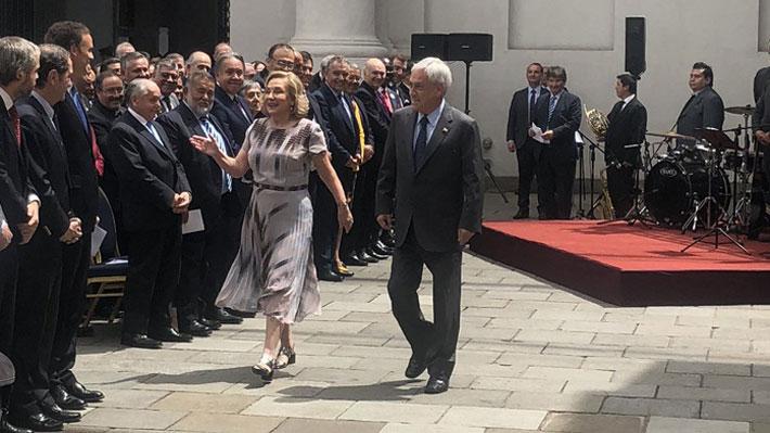 """Piñera asegura que """"llegó el momento de revisar"""" la ley de libertad de culto en ceremonia con iglesias evangélicas"""