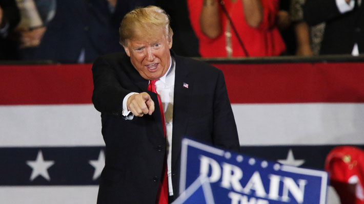 Trump califica de