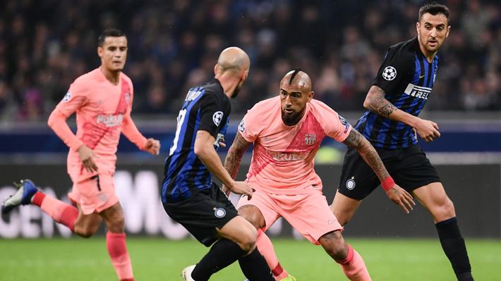 Con Vidal en cancha, el Barcelona empató con el Inter pero igual aseguró su paso a los octavos de final de Champions