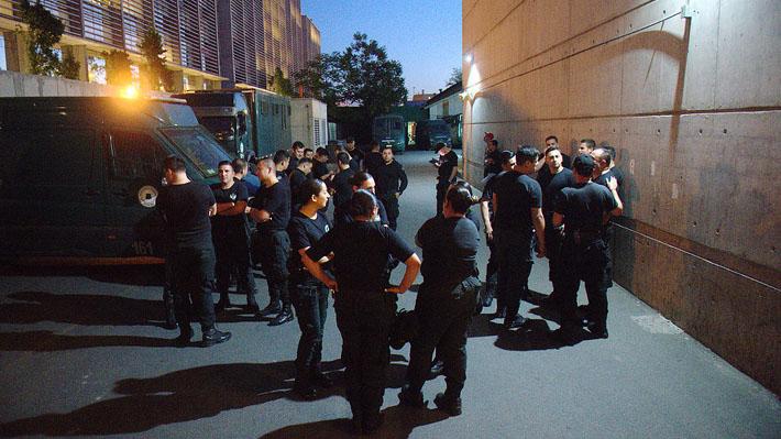 Funcionarios de Gendarmería deciden radicalizar paro con llamado a acuartelarse y huelga de hambre en Penitenciaría