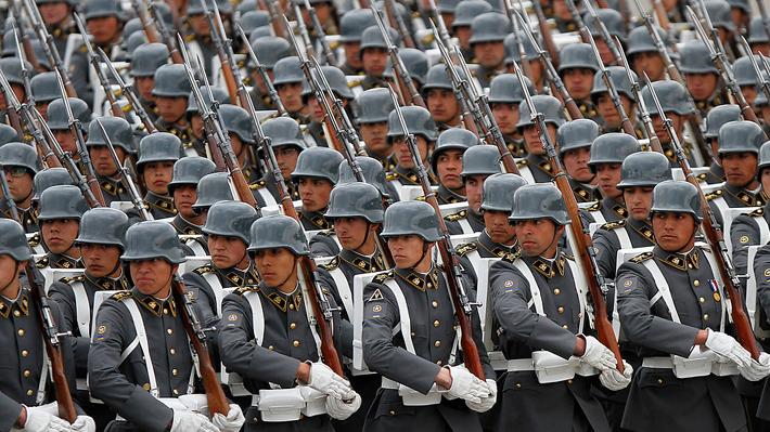 """Ejército lamenta """"situación personal"""" de Cheyre y """"reitera su absoluto respeto"""" al Estado de Derecho"""