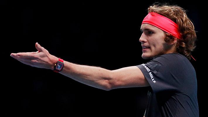 """Se ganó fuertes pifias: La acción de Zverev ante Federer que causó polémica y por la que le pidió """"perdón"""" al suizo"""