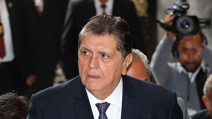 Justicia prohíbe salir de Perú al ex Presidente Alan García por caso Odebrecht