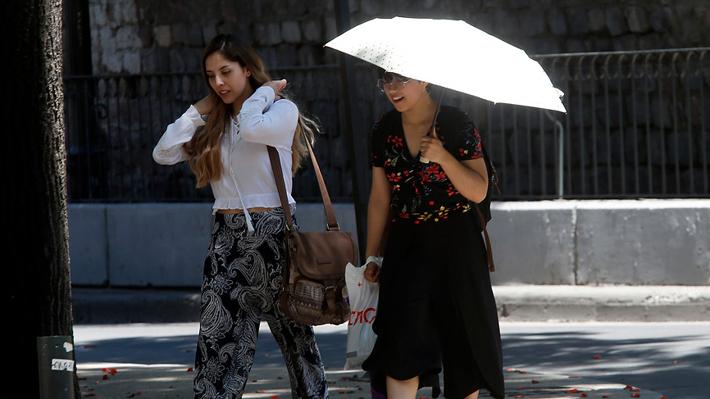 Ola de calor: Máxima fue 35,5° en Los Andes y fenómeno se repetirá en próximos meses