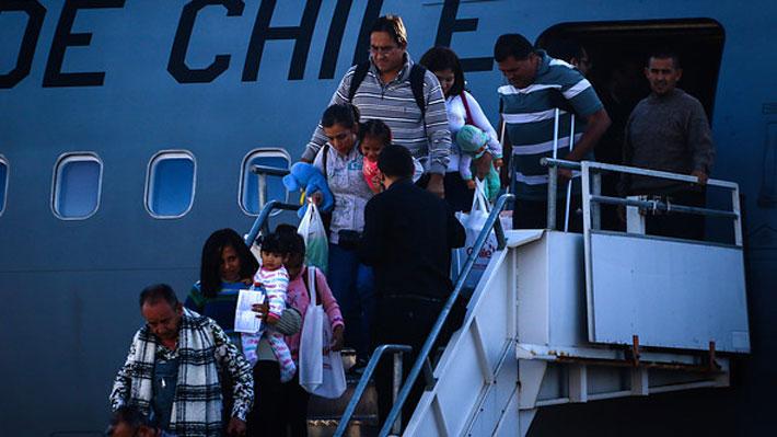 """""""Para nadie es un secreto el cómo está la situación"""". El relato de los chilenos que decidieron volver de Venezuela"""