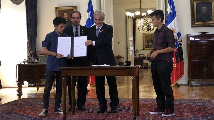 """Piñera promulga Ley de Identidad de Género: """"No es la solución definitiva, se requiere un cambio cultural"""""""