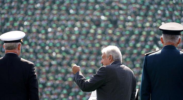 """López Obrador asume la presidencia de México: Los proyectos y desafíos camino a la """"cuarta transformación"""""""