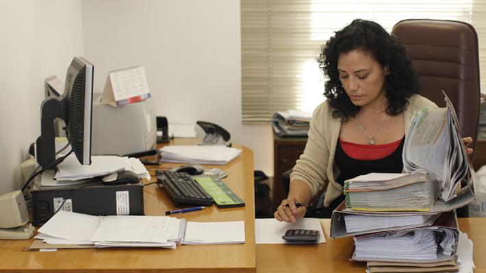 Ranking: ¿En qué empresas en Chile hay mayor participación femenina en altos cargos?