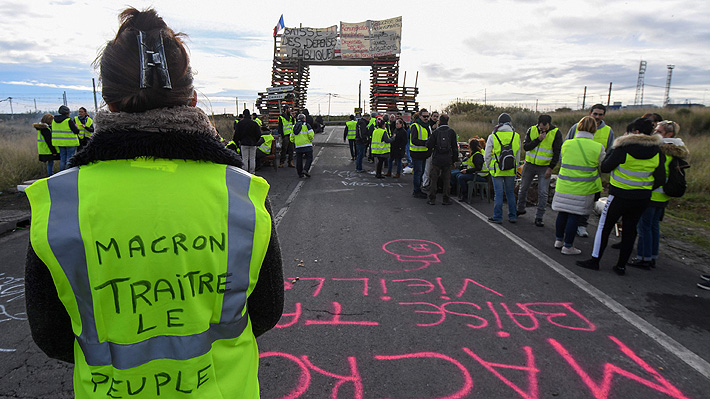 """Caos en Francia: Lo que hay que saber sobre la crisis de los """"chalecos amarillos"""""""