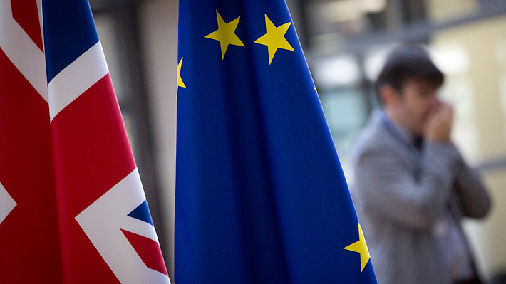 Abogado de la UE afirma que Reino Unido sí podría frenar el Brexit de forma unilateral
