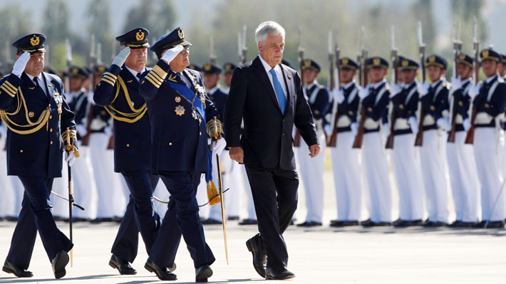 FACh revela que cambio de mando institucional tuvo un costo de $438 millones tras reparos de Piñera