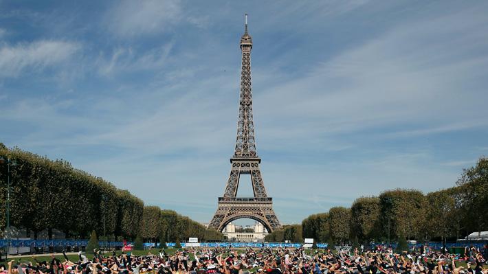 """Francia refuerza la seguridad ante nueva protesta de """"chalecos amarillos"""": cerrará museos y locales comerciales"""