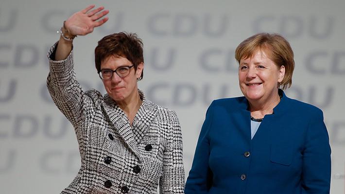 Ganó la continuidad: Discípula de Merkel es elegida para reemplazarla como líder de la CDU