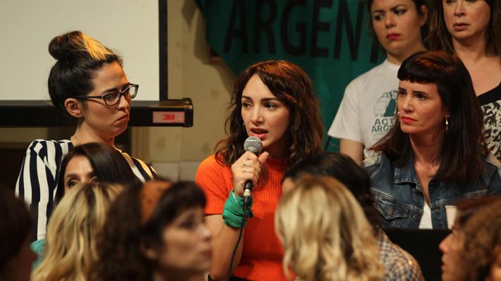 Actrices argentinas denuncian violación, acoso sexual y abuso en medio artístico de su país