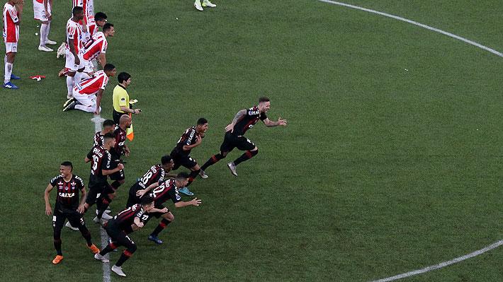 Atlético Paranaense se impone en los penales y se convierte en campeón de la Sudamericana por primera vez en su historia