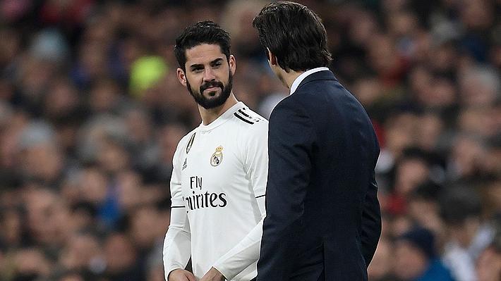 Figura del fútbol español lo pasa mal en el Real: Se peleó con Santiago Solari y podría partir a fin de año