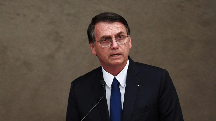 """Bolsonaro dice que """"regímenes que violan libertades de sus pueblos"""" no asistirán a su cambio de mando"""