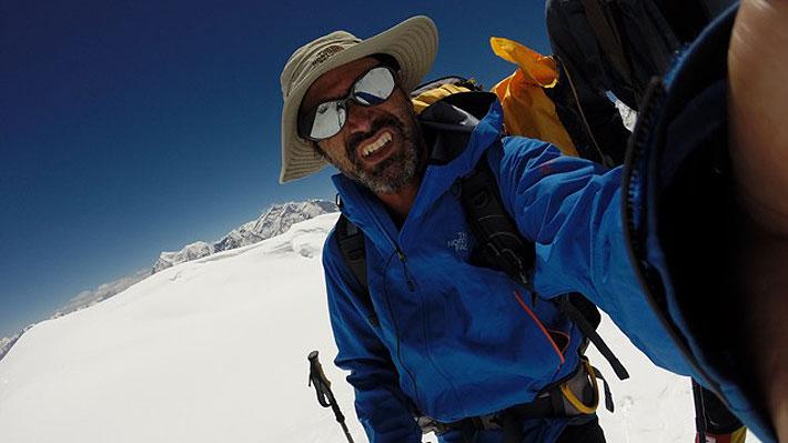 Supuesto ascenso histórico de chileno a la tercera cumbre más alta del mundo finalmente no es incluido en listado oficial
