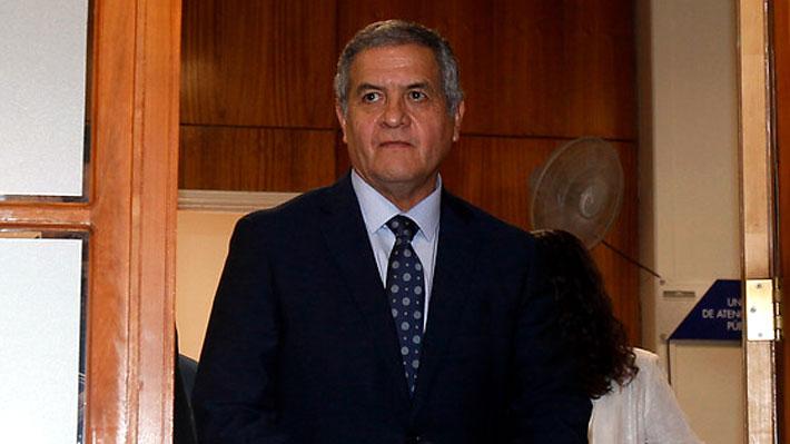 Ministro Carroza procesa a general (r) Villalobos como cómplice de tormentos a estudiante y ordena su detención