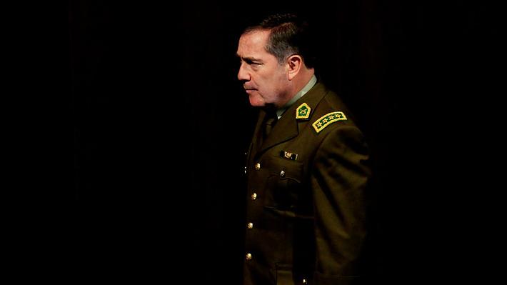 Los 281 tormentosos días del general Hermes Soto al mando de Carabineros