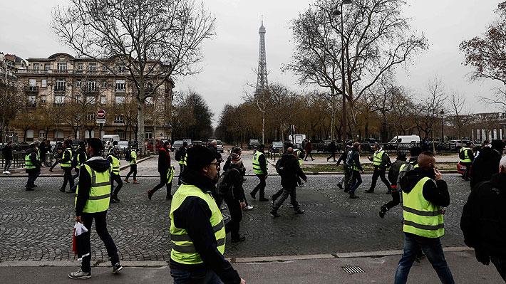 """Presencia de """"chalecos amarillos"""" en protestas disminuye y organizadores lo atribuyen a fiestas de fin de año"""